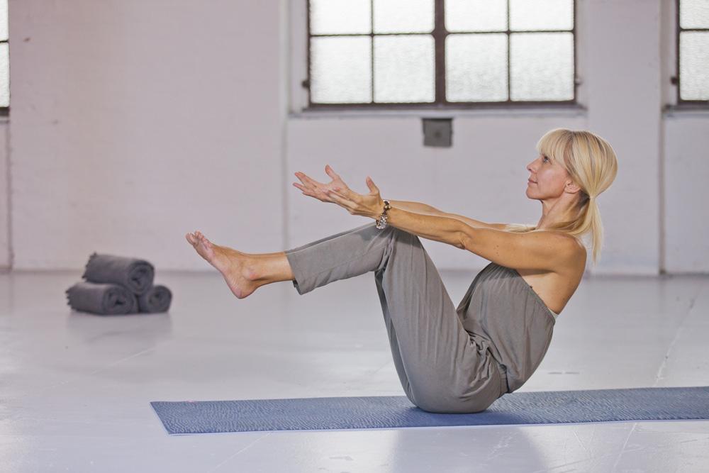 Taeglich-Yoga_Pressefoto2